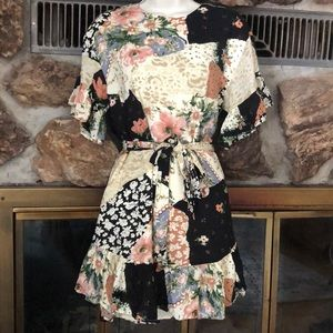 Urban Outfitters Boho Floral Dress Sz XS